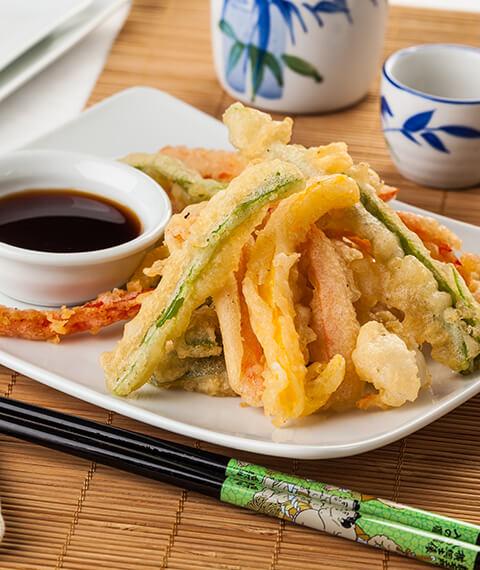 Verdure in tempura e canapé fritti